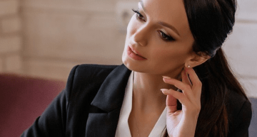 Types of Jewelry You Can Wear For Your Interview